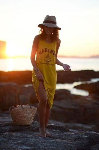 dress beach party yellow dress summer dress summer outfits hat bag straw bag lovely pepa blogger