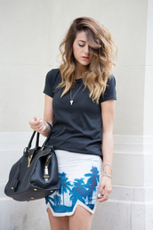 scent of obsession,skirt,t-shirt,shoes,bag,palm tree print,mini skirt,summer outfits,blogger,black t-shirt,necklace,yves saint laurent,hipster,beach,bracelets,tropical