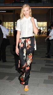 pants,blouse,karlie kloss,model off-duty,streetstyle,spring outfits,floral pants,shirt,top