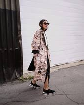 shoes,sneakers,skirt,black skirt,asymmetrical skirt,coat,long coat,printed coat,sunglasses