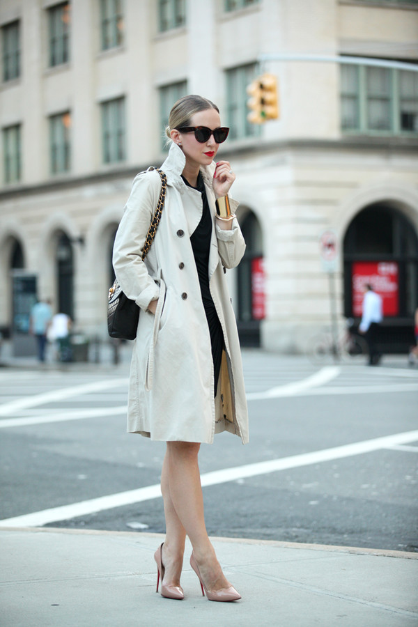 brooklyn blonde blogger shoes make-up sunglasses jewels