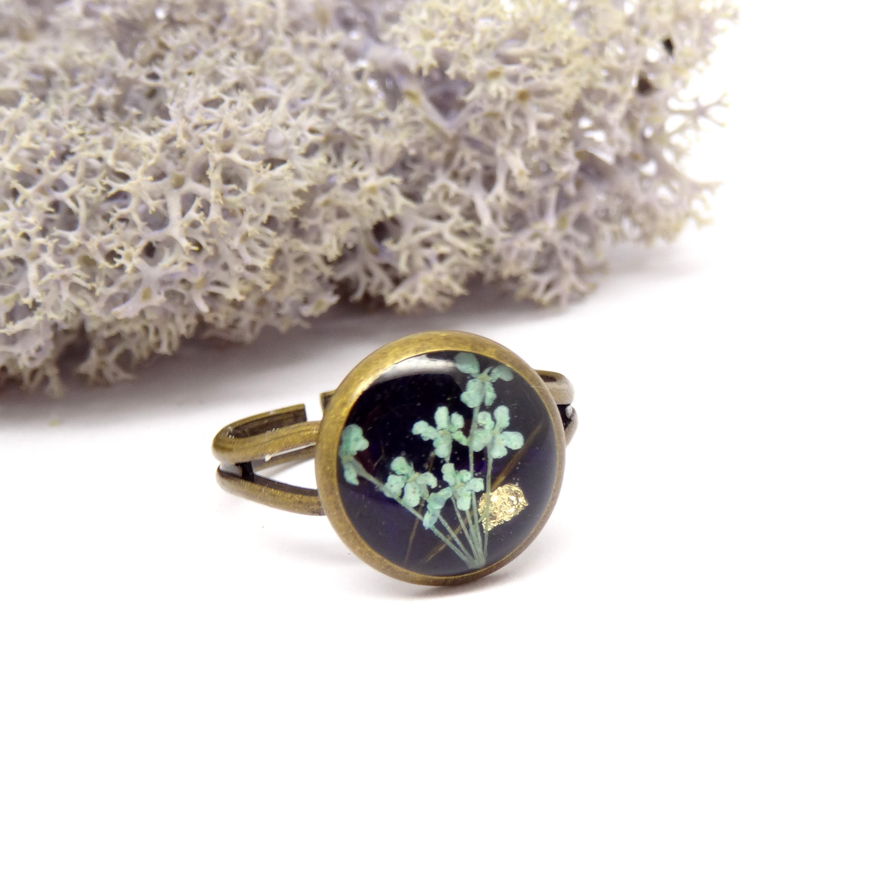 Real flower ring, unique jewellery, adjustable ring, handmade ring, real flower jewelry, resin jewellery, preserved flowers, pressed flowers