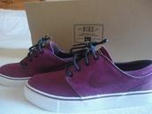 shoes,janoski's,nike,burgundy