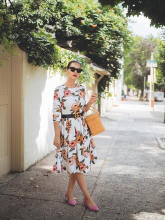 dress tumblr midi dress office outfits work outfits floral floral dress bag basket bag shoes flats sunglasses belt