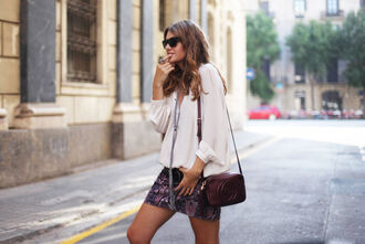 my daily style blogger blouse skirt bag belt jewels