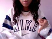 sweater,nike,nike sweater,oversized sweater,white sweater,vintge,white,blue,fashion,women,black