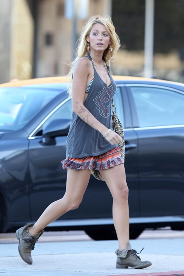 tank top clothes blake lively skirt tank top aztec skirt aztec summer movie shoes