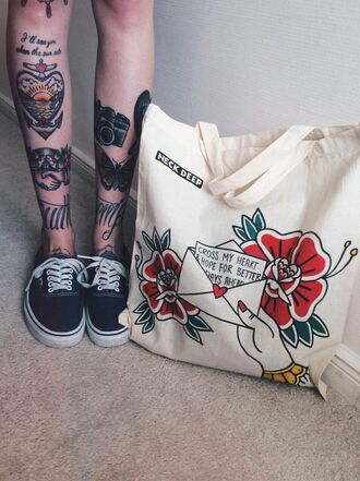 bag vans shoes black white tattoo red green yellow cute