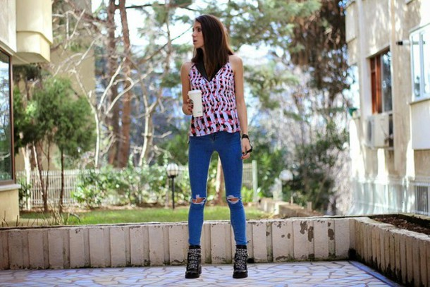 rana demir blogger top ripped jeans shirt sleeveless jacket shoes jewels
