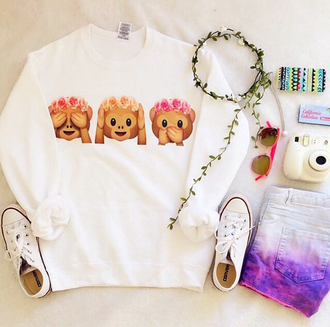 cute fashion girly emoji print