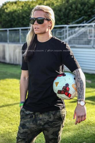ashlyn harris camo pants tomboy instagram tomboy/femme femme soccer chick camouflage pants sunglasses