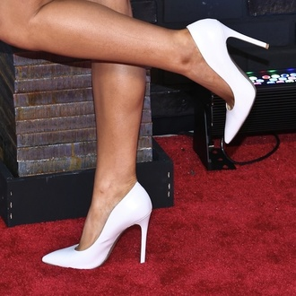 shoes office outfits white heels