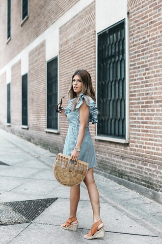 bag tumblr basket bag sandals wedges wedge sandals dress mini dress ruffle ruffle dress gingham gingham dresses shoes
