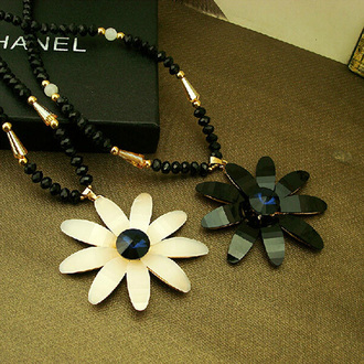 pearl necklace cute daisy