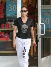 t-shirt,pants,jennifer lopez