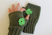 coat,fashion,fingerless,mitten,green,winter outfits,women,fall outfits,fall trend,handmade,knitting,crochet,costume,gloves,shamrock