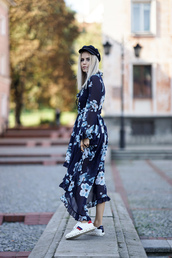 dress,tumblr,blue dress,long sleeves,maxi dress,long dress,long sleeve dress,sneakers,white sneakers,low top sneakers,floral,floral dress,floral maxi dress