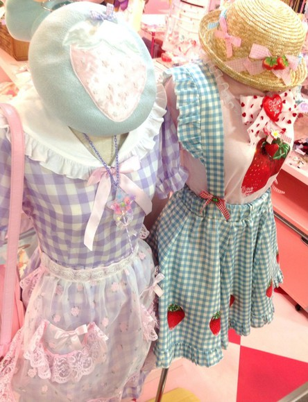 frills kawaii strawberry purple apron girly dolly gingham