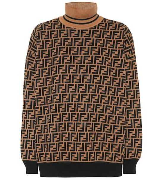 Fendi Cashmere sweater in brown