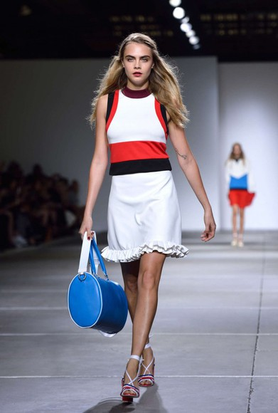 cara delevingne dress fashion week 2014
