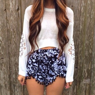 shorts floral high waisted shorts sweater blouse top pants black white cute shirt pretty blue flowy pullover lace cut-out flowy shorts clothes crop tops flowered shorts pom pom shorts festival flowers crop angle pattern print geo ornate hair accessory