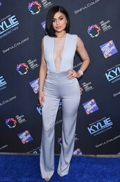 jumpsuit,pants,top,silver,kylie jenner,kardashians,plunge v neck,celebrity,celebrity style,celebstyle for less,red carpet,blue jumpsuit,keeping up with the kardashians,classy,summer outfits,cute,girly,dope