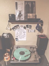 home accessory,hipster,bedroom,vinyl,record player,music,tumblr bedroom