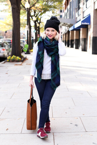 poor little it girl blogger jeans sweater scarf bag shoes hat jewels