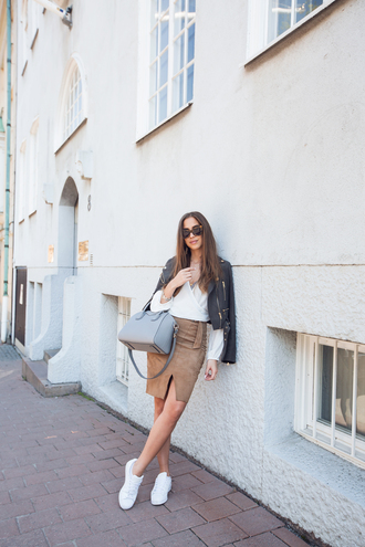 kenza blogger jacket jewels shoes suede skirt nude skirt blue bag white top leather jacket white sneakers white blouse bag grey bag antigona givenchy antigona givenchy stan smith perfecto sunglasses