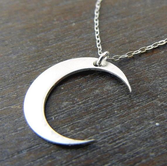 Mond Halskette  MIDNIGHT gebürstetem von eriadesignsjewelry auf Etsy