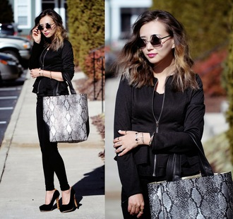 different cands blogger snake print tote bag round sunglasses jacket pants bag dress long prom dress sexy prom dress black prom dress chiffon prom dresses cheap junior prom dress