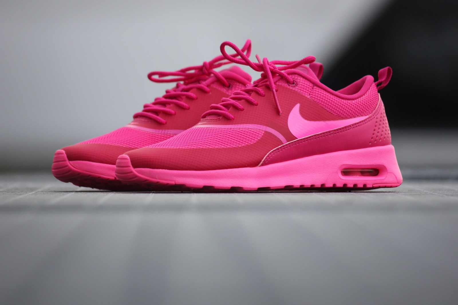 nike air max thea pink pow 599409 604. Black Bedroom Furniture Sets. Home Design Ideas