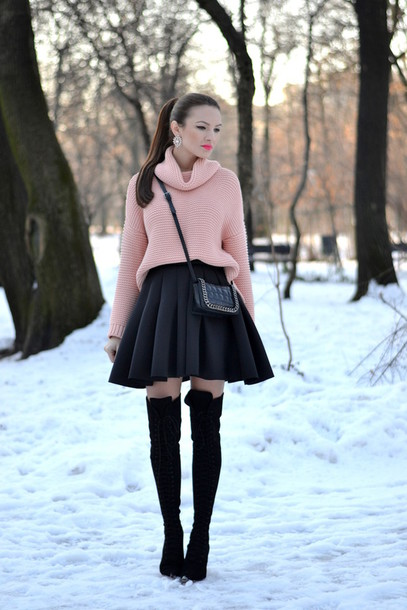 my silk fairytale blogger knitted sweater circle skirt black skirt baby pink