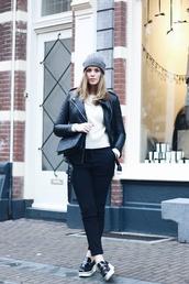 moderosa,blogger,pants,creepers,leather jacket,bag,sweater,shoes,jacket
