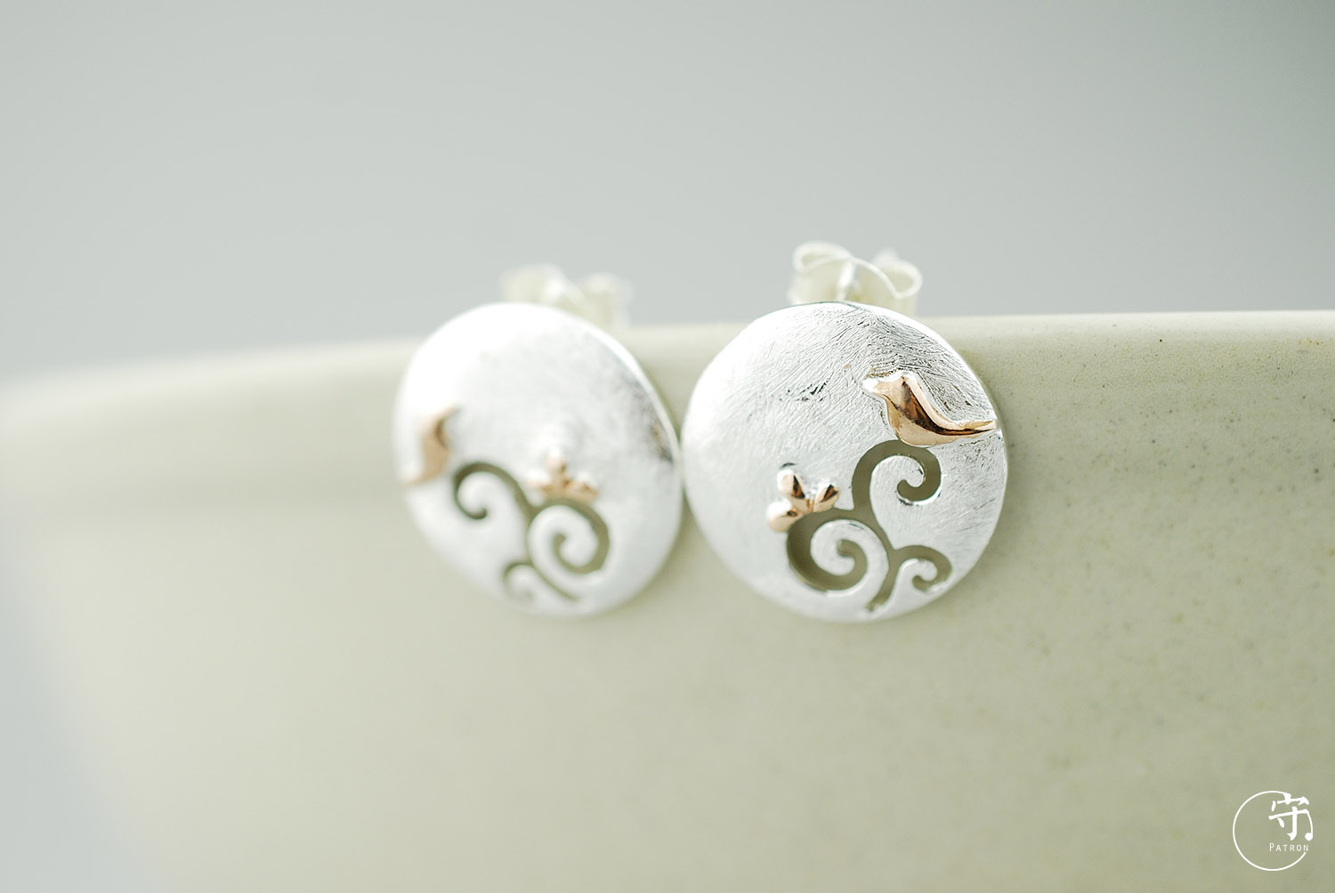 Exclusive Handmade Round Hollow Out Golden Birds on Tree Women 925 Sliver Earrings - Wishbop.com