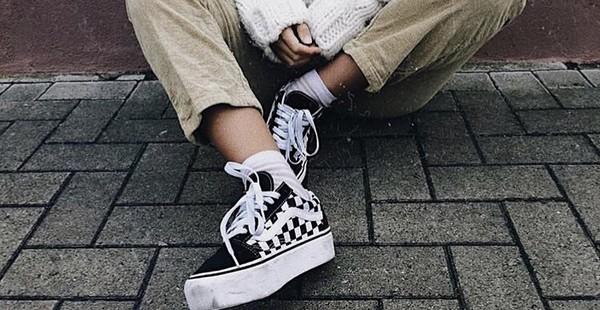 5361c15ee69 Vans Old Skool Black   White Checkered Platform Skate Shoes