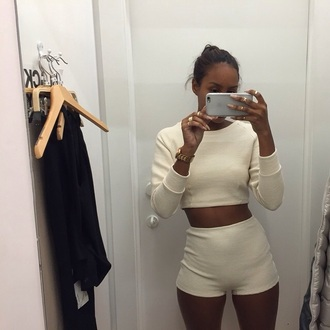 shorts sweater top outfit matching set crop tops high wasit high waisted high waisted shorts ribbed ribbed shorts ribbed top long sleeves cropped sweater crew neck crop white beige cream melanin tumblrf fashion style girl ring shopping fit crewneck american apparel jewelry