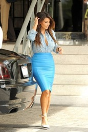 top,kim kardashian,denim shirt,blue skirt,white heels,skirt,shoes