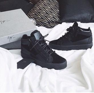 shoes black sneakers sneakers