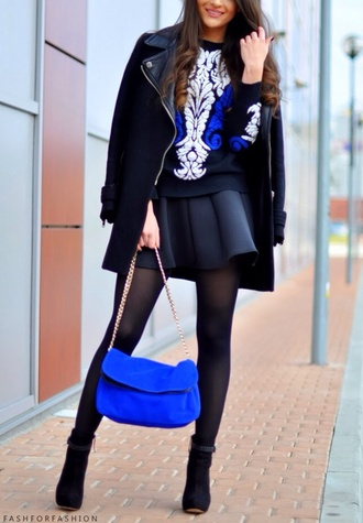 sweater black and blue sweater black skirt blue bag