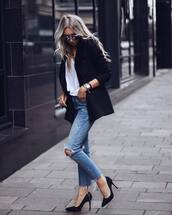 jeans,ripped jeans,skinny jeans,high waisted jeans,pumps,high heel pumps,blazer,black blazer,blouse,sunglasses