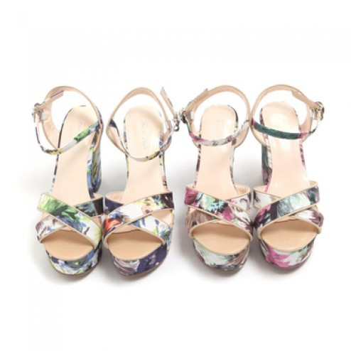 Flower wedge heel