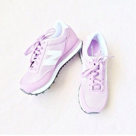 shoes sneakers pink shoes light pink