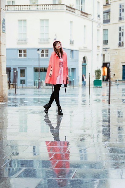 meet me in paree blogger pink dress cape dress shoes bag