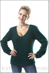 sweater,dark green sweater,fitted sleeved sweater,mohair sweater,long sleeved sweater,fuzzy sweater,v-neck sweater