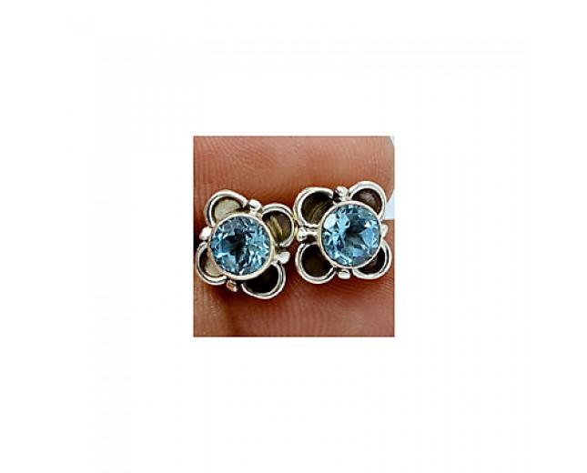Stunning 925 sterling silver Gemstone Blue Topaz Stud