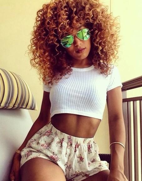 sunglasses tumblr girl