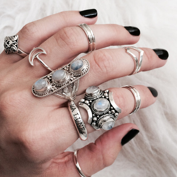 jewels moon knuckle ring boho bohemian hippie silver ring jewelry jewelry la lune thumb ring crescent moon ring