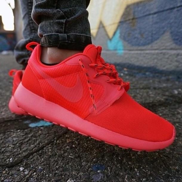 shoes roshe runs all red red roshe wheretoget