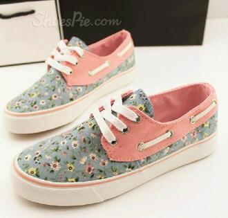 shoes blue vans sneakers blue shoes blue sneakers pink pink shoes 'pink sneakers floral floral vans blue floral vans pink floral blue floral floral sneakers floral shoes